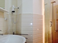 Ensuite bathroom : Bagno camera Galileo